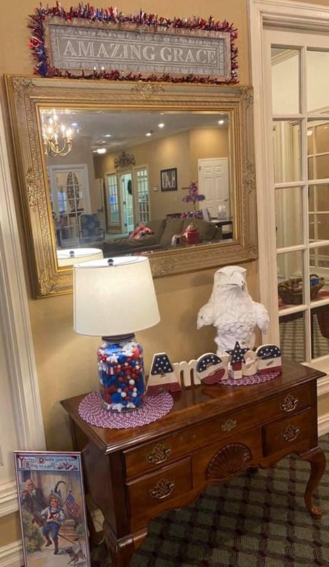 Mirror And A Lamp at Savannah Court of Bastrop, Louisiana