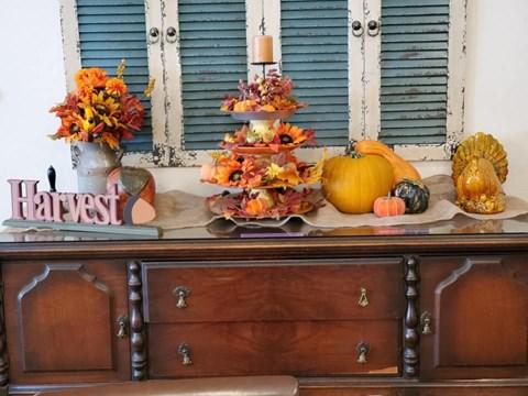 Halloween Items at Savannah Court of Bastrop, Bastrop, Louisiana