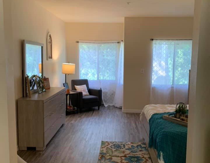 Comfortable Beds And Sofas at Savannah Court of St Cloud, Florida, 34769