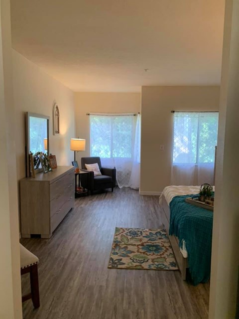 Comfortable Beds And Sofas at Savannah Court of St Cloud, Florida, 34769