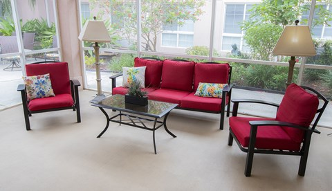 Resident Lounge at Savannah Court of The Palm Beaches, West Palm Beach, FL