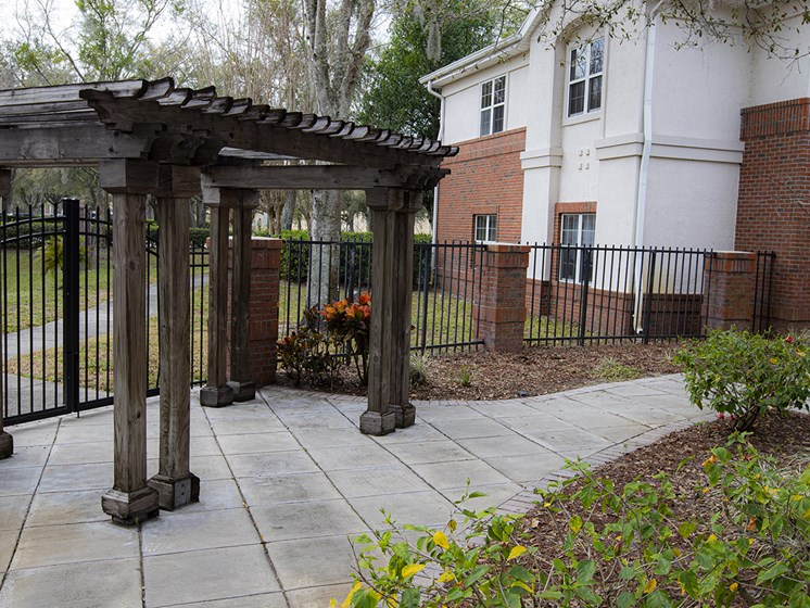 Courtyard Gazebo at Savannah Grand of Maitland, Florida