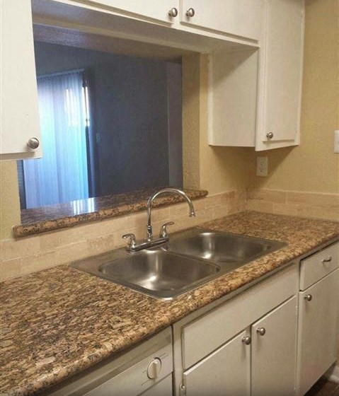 Granite Style Countertops at Casa Del Sol, Texas
