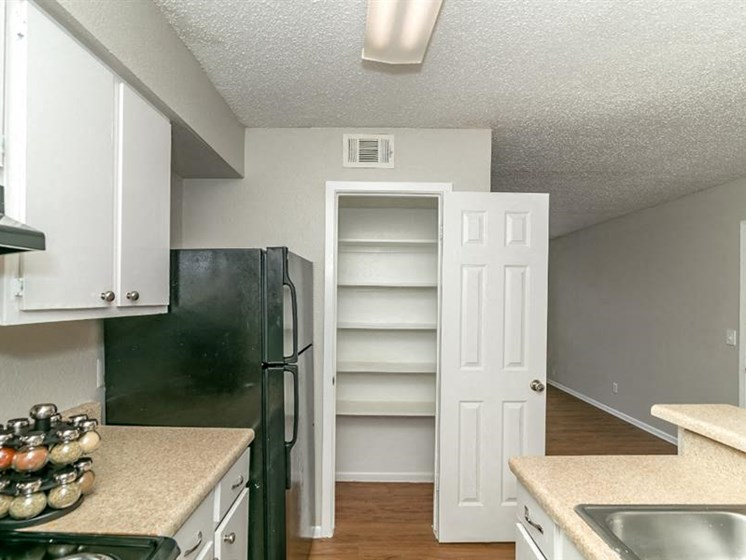 Fully Equipped Kitchen at City-Base Vista, San Antonio, TX