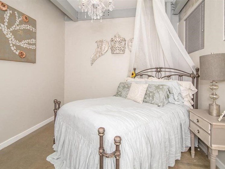 Live in Cozy Bedrooms at The Landmark, New Braunfels, Texas