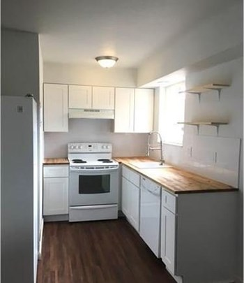 5339 S Elati St 2 Beds Apartment for Rent Photo Gallery 1