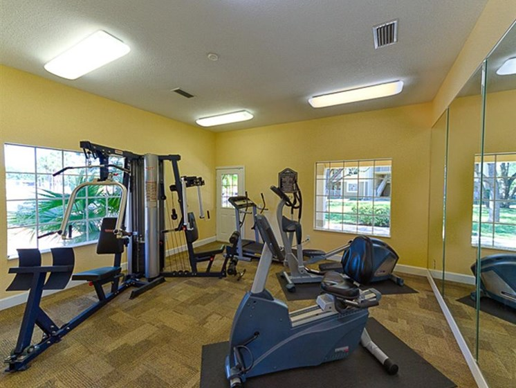 exercise machines at fitness center_Cypress Oaks Apartments Leesburg, FL