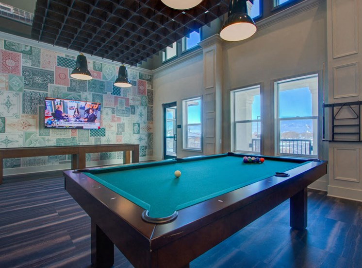 Modern Game Room With TV at Rise at 2534, Colorado, 80534
