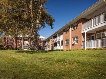 971 US Highway 9 North 1-2 Beds Apartment for Rent Photo Gallery 1