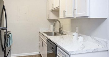 600 Whispering Hills Dr. 1 Bed Apartment for Rent Photo Gallery 1
