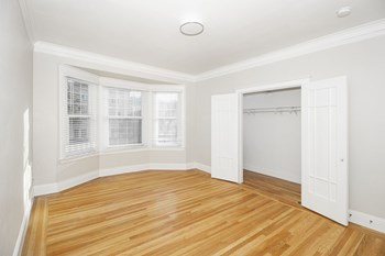1610 Lombard Street Studio-1 Bed Apartment for Rent Photo Gallery 1