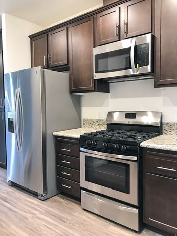 Peter Rios Estates 3 Beds Apartment for Rent Photo Gallery 1