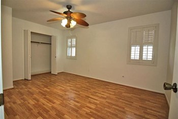 1060 Sunmeadow 2 Beds Apartment for Rent Photo Gallery 1