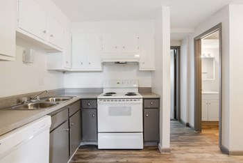 2055 S Depew Street 1-2 Beds Apartment for Rent Photo Gallery 1