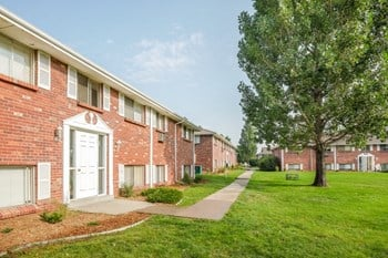 5350 W Virginia Ave 1-2 Beds Apartment for Rent Photo Gallery 1