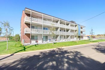2801 W. 70th Avenue 1-2 Beds Apartment for Rent Photo Gallery 1
