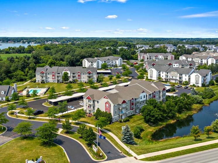 Fantastic Location near Silver Lake at  Fairfield Apartments and Condominiums in Fenton, MI