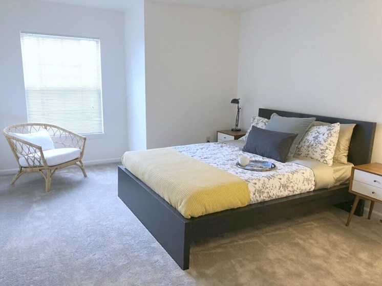 Spacious Bedrooms- Fairfield Apartments and Condominiums in Fenton, MI