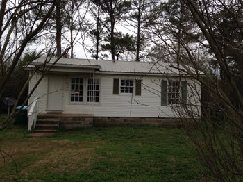 729 Nimitz Avenue 3 Beds House for Rent Photo Gallery 1