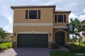11714 SW 242 Terr 4 Beds House for Rent Photo Gallery 1