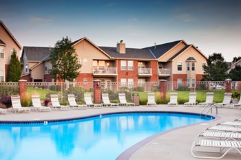 1250 S 157th St 1-2 Beds Apartment for Rent Photo Gallery 1