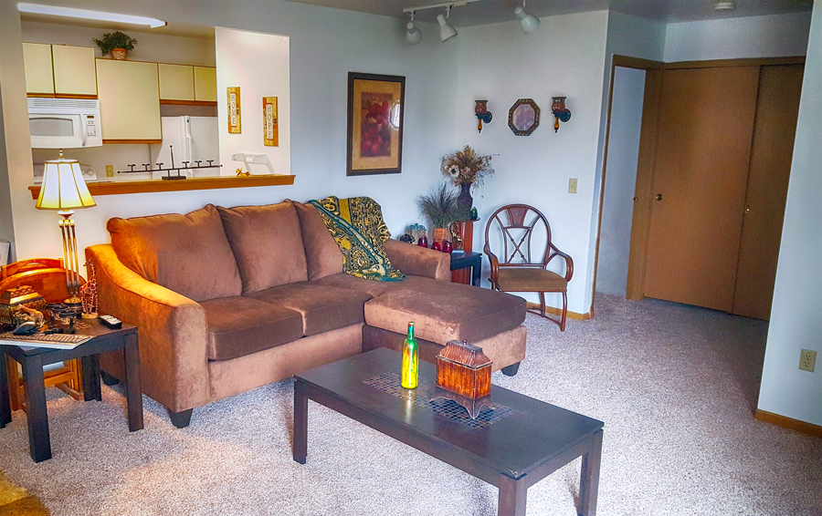 1119 1323 S. Westchester St. 2 Beds Apartment For Rent Photo Gallery 1