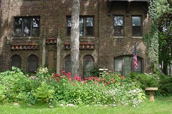 2628-2630 N. Humboldt Avenue Studio-2 Beds Apartment for Rent Photo Gallery 1
