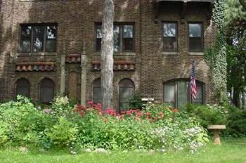 2628-2630 N. Humboldt Blvd. Studio Apartment for Rent Photo Gallery 1