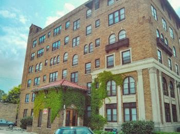 3950 N. Farwell Ave 2 Beds Apartment for Rent Photo Gallery 1