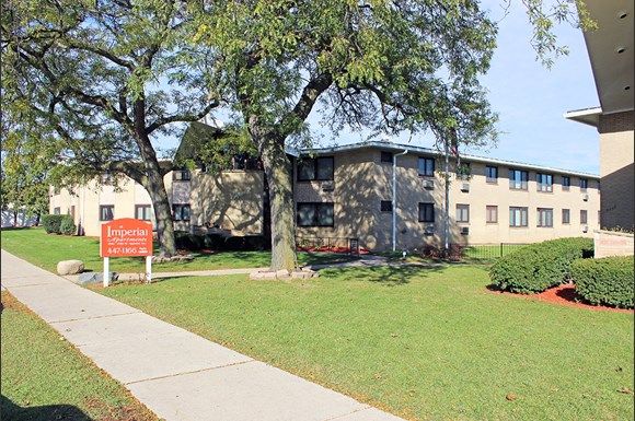 Imperial apartments 6766 80 w appleton avenue milwaukee wi rentcaf 1 bedroom apartments milwaukee east side