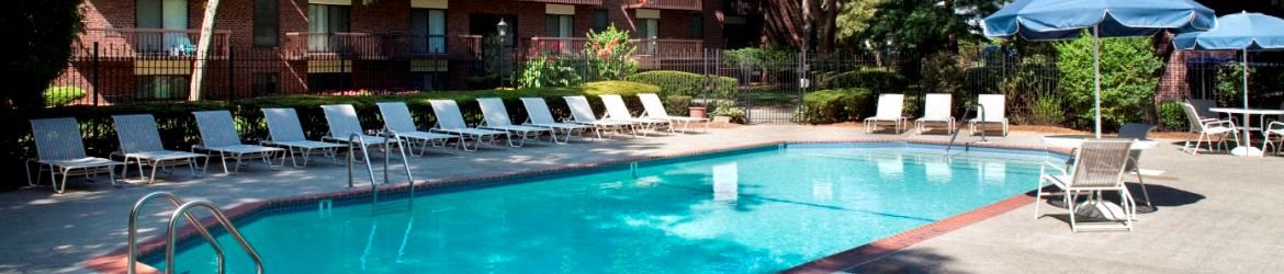 Quincy Commons Apartments Pool
