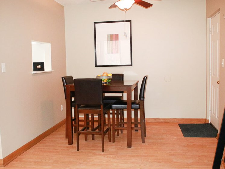 Dining Area at The Gates of Rochester Apartments