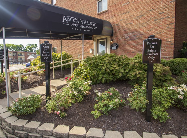 This is a picture of the entrance to the Leasing Office at Aspen Village Apartments in Cincinnati, OH.
