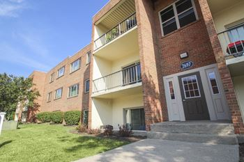 2703 Erlene Drive 1-2 Beds Apartment for Rent Photo Gallery 1