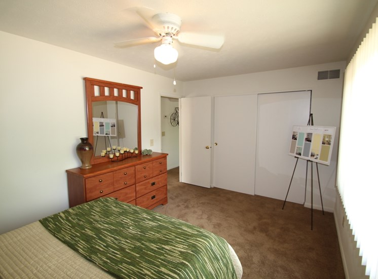This is a photo the master bedroom of a 833 square foot Chestnut 2 bedroom apartment at Montana Valley Apartments in Cincinnati, OH.