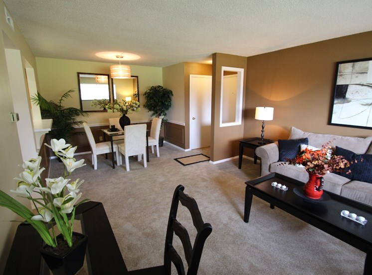 This is a photo of the living room of the 882 square foot 2 bedroom apartment at  Village East Apartments in Franklin, OH.