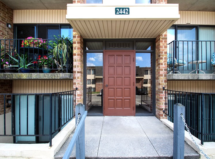 This is a photo a building entrance of Wyoming Hills Apartments in Dayton, OH.