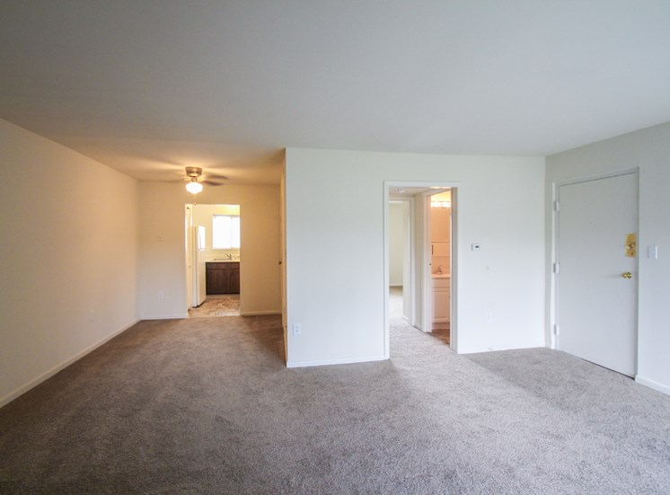 This is a photo of the living room/dining area in the 655 square foot 1 bedroom apartment at Wyoming Hills Apartments in Dayton, OH.