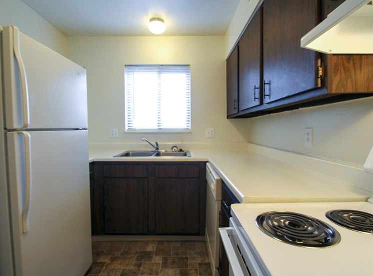 This is a photo of the kitchen in the 655 square foot 1 bedroom apartment at Wyoming Hills Apartments in Dayton, OH.