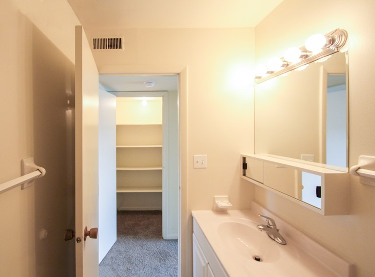 This is a photo of the bathroom in the 655 square foot 1 bedroom apartment at Wyoming Hills Apartments in Dayton, OH.