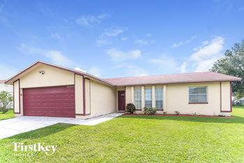 230 Lake Thomas Dr 3 Beds House for Rent Photo Gallery 1