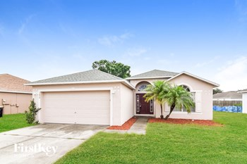 3634 Queens Cove Blvd 3 Beds House for Rent Photo Gallery 1