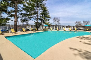 914 Winthorne Dr 1-3 Beds Apartment for Rent Photo Gallery 1