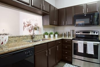 17220 Heart Of Palms Dr 1-3 Beds Apartment for Rent Photo Gallery 1