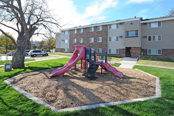 425 St. Anthony Avenue 1-3 Beds Apartment for Rent Photo Gallery 1