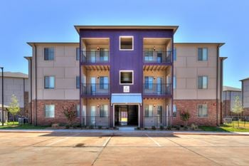 4800 E INTERSTATE 240 SERVICE RD 1-3 Beds Apartment for Rent Photo Gallery 1
