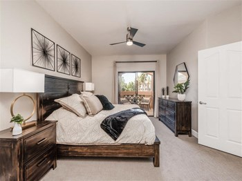6633 East Greenway Pkwy 1-3 Beds Apartment for Rent Photo Gallery 1