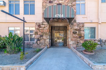 4764 Forman Ave. Studio-2 Beds Apartment for Rent Photo Gallery 1