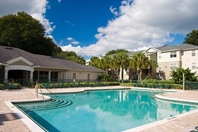 Westchester Apartments   Swimming Pool