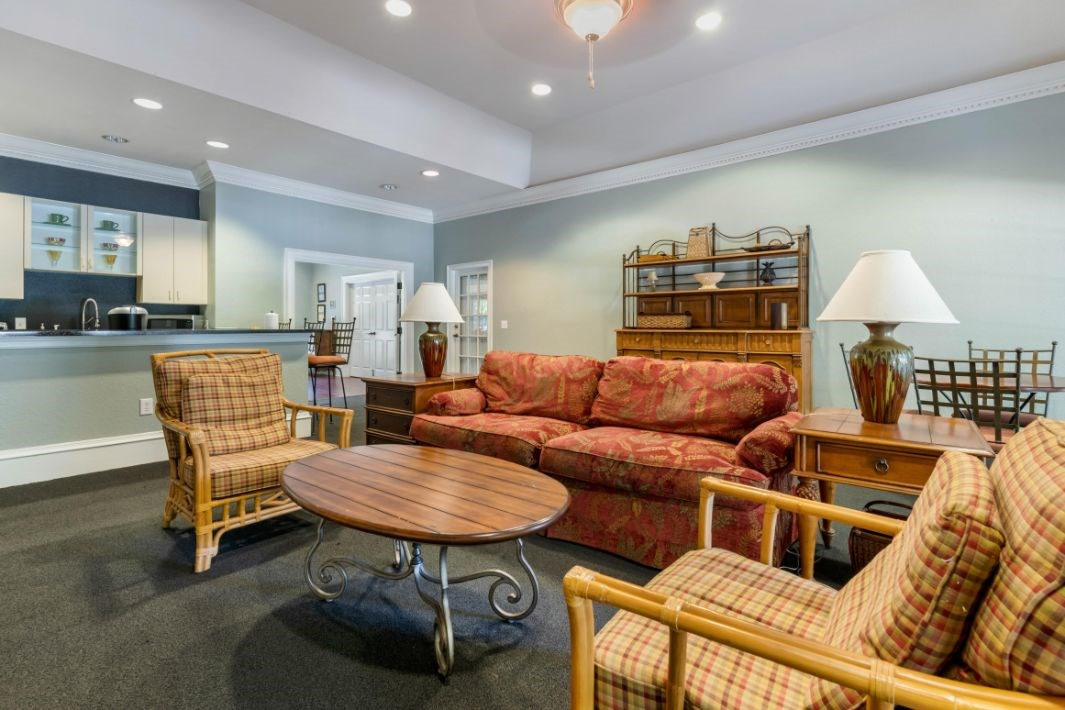 Whispering Woods | Clubhouse & Resident Lounge
